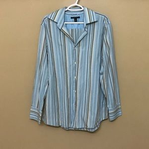 🌸Banana Republic Long Sleeve Button Down Shirt L